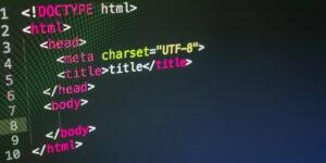 HTML SEO title tag on black editor